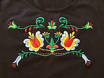 Tričká - Vyšívané dámske tričko s folklórnym motívom, krátky rukáv - 10534319_