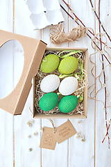 - sada háčkovaných vajíčok, smotanové a zelenkavé - 10533129_