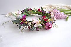 Ozdoby do vlasov - Kvetinový venček ,,eukalyptus farebný,, - 10534669_