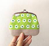 Peňaženky - Peňaženka XL Svieža zelená - 10532954_