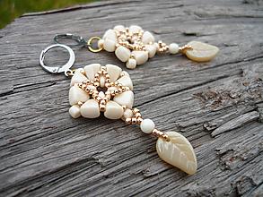 Náušnice - Korálkové náušnice Ivory&Gold - 10539204_