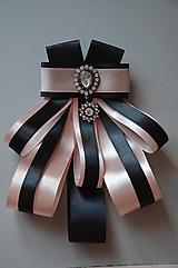 Odznaky/Brošne - Čierno-ružová maxi brošňa - 10539160_