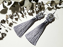 Sivé náušnice so strapcom - soutache earring