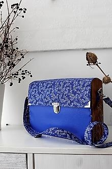 Kabelky - Drevená Kabelka gravírovaná Royal Blue - 10537380_
