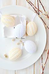 Dekorácie - sada háčkovaných vajíčok, biele a béžové - 10537247_