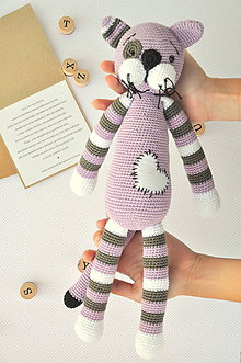 Hračky - háčkovaný kocúrik, fialový - 10537310_