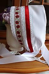 Svadobný čepiec-maky