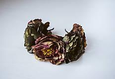 Ozdoby do vlasov - Tmavá kvetinová čelenka - VÝPREDAJ - 10540177_