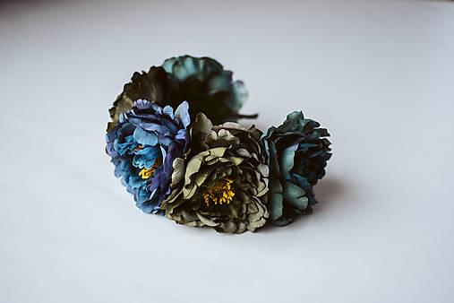 Tmavá kvetinová čelenka - VÝPREDAJ