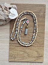 Náhrdelníky - Náhrdelník z drevených a sklenených korálok - 10539929_