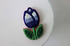 Odznaky/Brošne - Happy tulip - vyšívaná brošňa - 10539909_