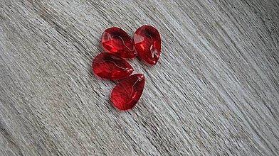 Korálky - Plastové slzičky 2,8 x 1,8 cm, 1 ks (červené) - 10539435_