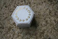 Darčeky pre svadobčanov - Krabička na prstienky - 10539951_