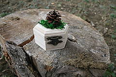 Darčeky pre svadobčanov - Krabička na prstienky lesnáááá - 10539957_