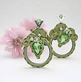 Náušnice - Farba jari / zelené šujtášové náušnice, povodna cena 22€/ - 10541789_