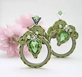 Náušnice - Farba jari / zelené šujtášové náušnice/ - 10541790_