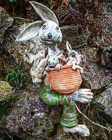 Socha - Zajac s košíkom a mladými - 10541198_