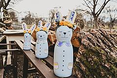 Dekorácie - Drevený veľkonočný zajačik - 10542986_