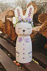 Dekorácie - Drevený veľkonočný zajačik - 10542987_