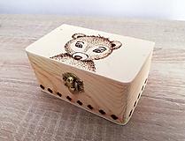 Box z prírodného dreva - Medvedík