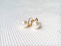 Náušnice - White pearls clips - 10545459_
