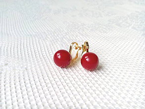 Náušnice - Red pearls clips - 10545482_