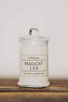 Svietidlá a sviečky - Sójová sviečka v skle so 100% silicou - Magický les - 10543522_