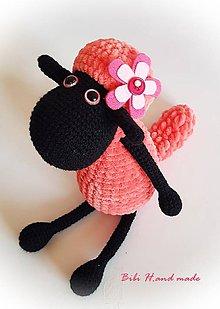 Hračky - Veselá ovečka v ružovom :) - 10544958_