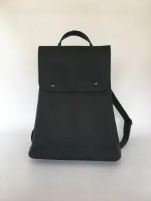 Batohy - Čierny kožený batoh - 10543924_