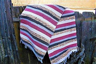 Úžitkový textil - Tkaný koberec červeno-čierno-hnedo-maslový - 10544244_