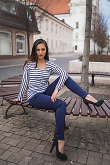 Tričká - Dámske tričko s modro-bielymi pásikmi - 10548295_