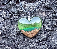 Náhrdelníky - Prívesok srdiečko zelené - 10546245_