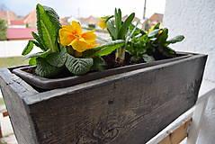 Nádoby - drevený kvetináč, debnička, hrantík - 10546015_
