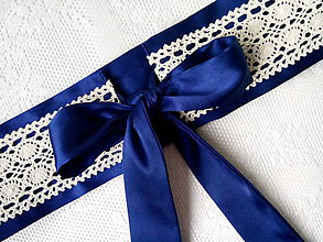 Opasky - Svadobný/plesový opasok (tmavomodrý/krémová čipka) - 10551408_