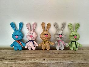 Dekorácie - Háčkované zajačiky - 10552018_