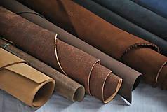 Suroviny - Zbytky koží - väčšie kusy - 10550624_
