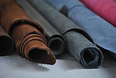 Suroviny - Zbytky koží - väčšie kusy - 10550629_