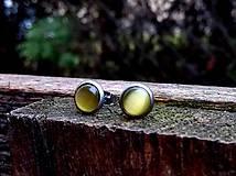 Náušnice - Napichovacie náušnice (CHO) s cateye žltými kamienkami  - 10551934_