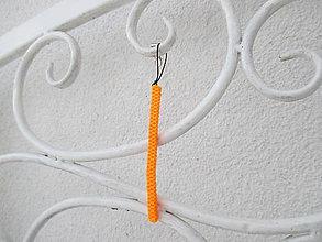 """Kľúčenky - Prívesok """"filofun"""" - pletenie z plastových káblikov (rovná - žltooranžová) - 10551744_"""