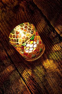 Svietidlá a sviečky - VÝPREDAJ - Svietnik - Šupiny - 10549286_
