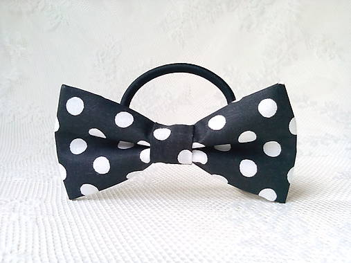 Mini Pin Up hair bow (black/white polka dots)