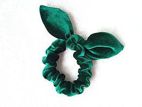 Ozdoby do vlasov - Mini velvet scrunchie (dark green) - 10555931_
