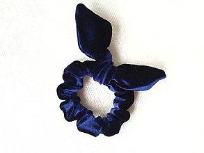 Ozdoby do vlasov - Mini velvet scrunchie (dark navy blue) - 10555935_