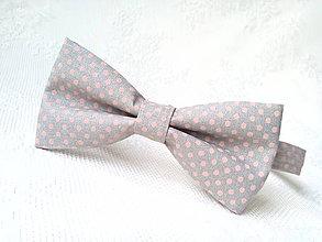 Doplnky - Bodkovaný pánsky motýlik (šedý/ružové bodky) - 10556081_