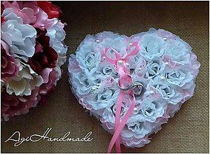 Prstene - srdiečko na svadobné obrúčky - 10554000_