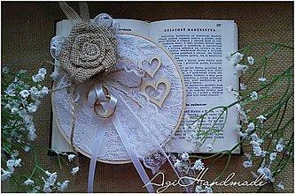 Prstene - vintage podložka pod prstene - 10554316_