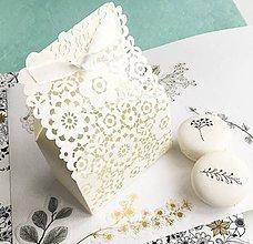 Darčeky pre svadobčanov - ozdobná škatuľka na dary alebo menovky pre svadobných hostí - 10553379_