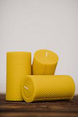 Svietidlá a sviečky - Sviečka zo 100% včelieho vosku - Točená hrubá 7,5x13cm - 10553023_