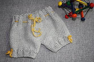 Detské oblečenie - Pletené gaťušky - 10554035_