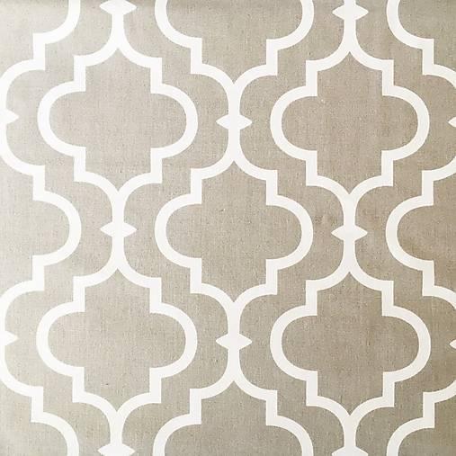Orient; 100 % bavlna, šírka 160 cm, cena za 0,5 m (sivo-biela)